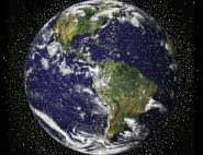 Les pays se partagent actuellement les différentes orbites autour de la Terre. On y trouve des satellites en activités…. Mais aussi de nombreux débris de la conquête spatiale